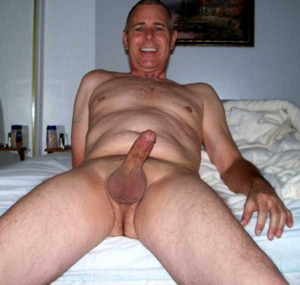 фото голых мужчин зрелого возраста набухшему
