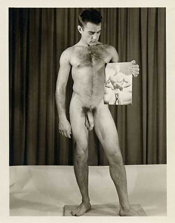 ретро фото голых мужчин права материалы