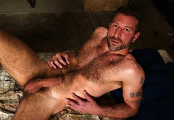 Ингушские гей парни