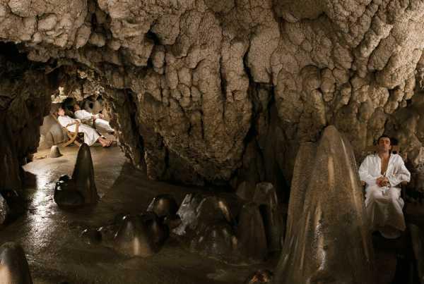 Отель в турции в скале. Пещерные отели Каппадокии которые ...